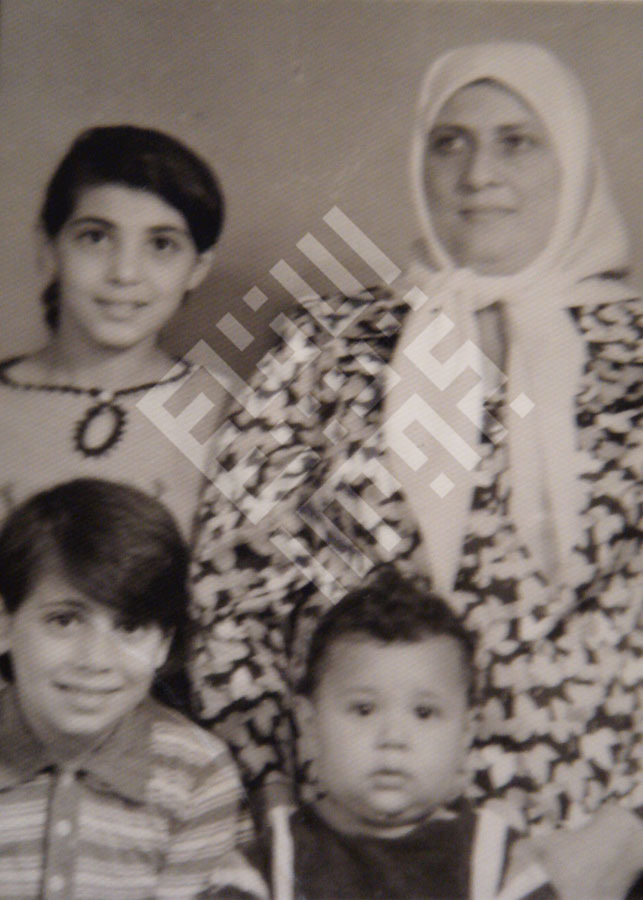 Itani_Abed_Itani's_Mother_sisters_Nada_and_Mirvat_brother_Zouhair-wm.jpg