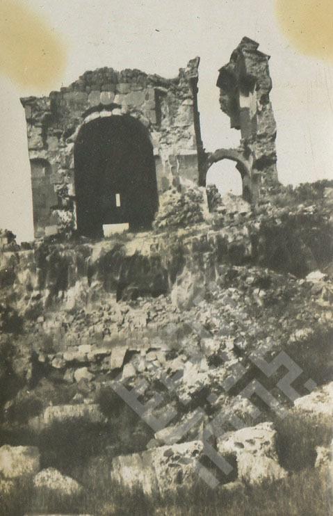 Roman Ruins in Lebanon 4_wm.jpg