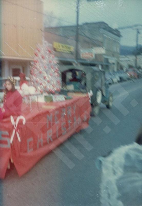 El-Khouri_Christmas Parade 1966_7-1.jpg