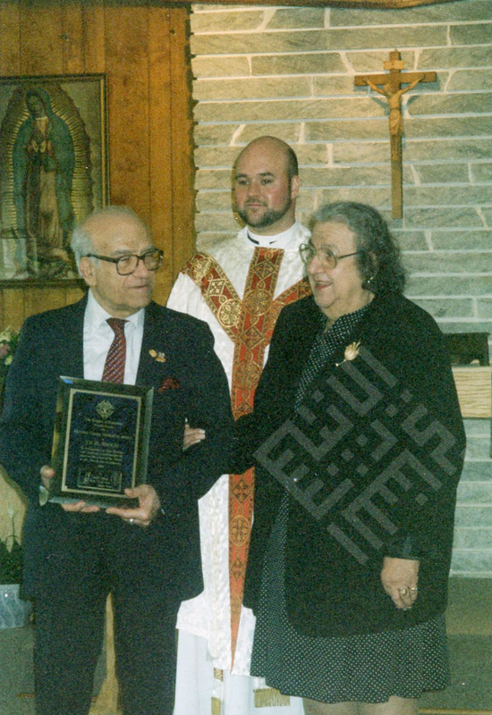 El-Khouri_Joseph receiving the Mother Teresa Award_wm.jpg