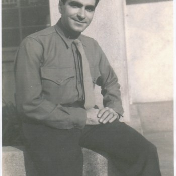 Zaytoun_Family_Joe1945.jpg