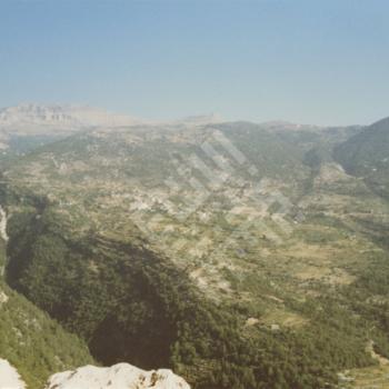 saleh_ Mazarat al Toufah Lebanon_2_1990_wm.jpg