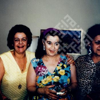 Mokarzel 2-1-2-31 Sisters_wm.jpg