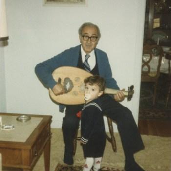 Raad_FamilyDecember1984_2.jpg