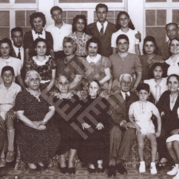 KhalifahFamily-undated-2-wm.jpg