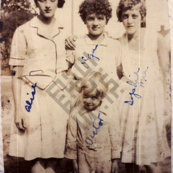 Safy children - 1929_wm.jpg