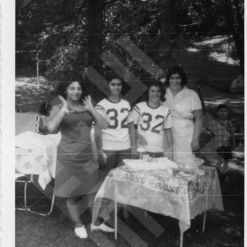 El-Khouri_Fathers Day Picnic 1965_6-1.jpg