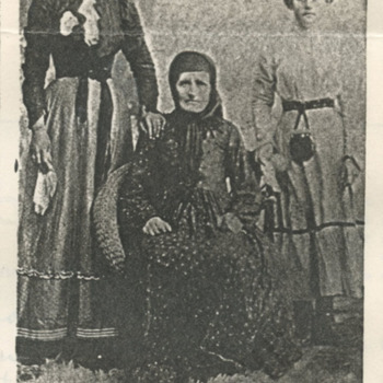domit-footeen francees and family--front_wm.jpg