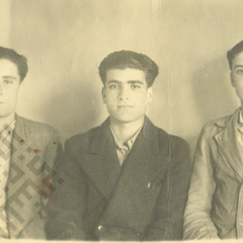 ElKhouri_Joseph_ElKhouri_Center19_with_Friends_wm.jpg