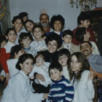 https://www.dropbox.com/s/wkf2yylaxm2s5z4/Vera_Khayrallah_Family_wm.jpg