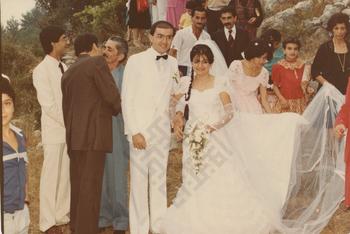 https://www.dropbox.com/s/9m1v7sto55dfgqc/Vera_Khayrallah_Wedding1983b_wm.jpg