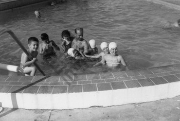 El-Khouri_Miami Vacation Joseph with Anthony George Catherine Barbara Marsha Mariam Theresa 1963_1_wm.jpg