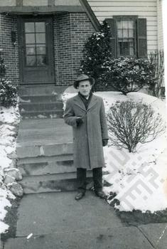 Moussa in Columbus, late 1905s_wm.jpg