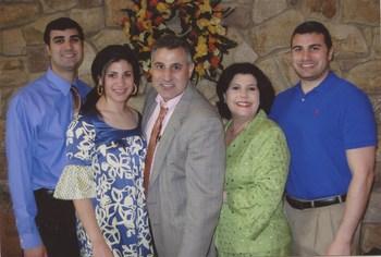 Raad_Family_2009.jpg