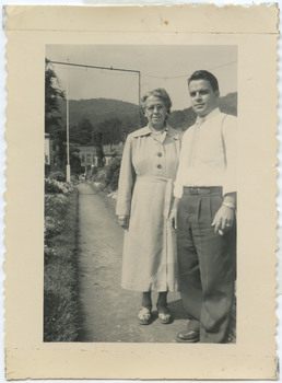 DahrTanoury_RoseNasbyEdTanoury_UticaNY_1952.jpg